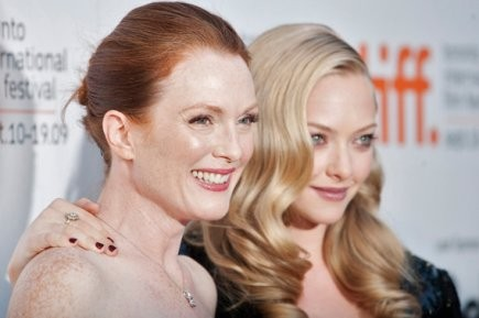 108298-julianne-moore-jeune-amanda-seyfried.jpg