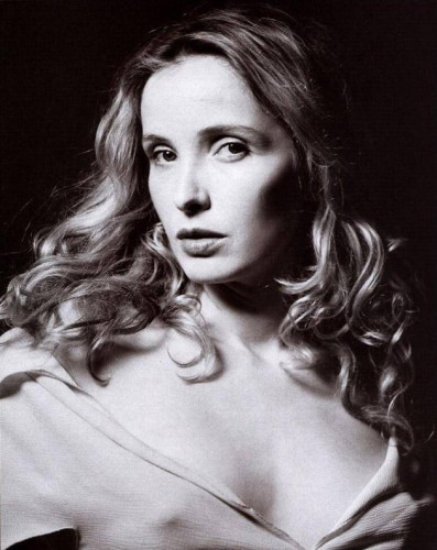1244205407_julie-delpy-630-75.jpg