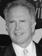 81516-warren-beatty-637x0-1.jpg