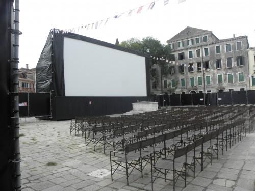 CONTAGION de Steven Soderbergh,matt damon, gwyneth paltrow, marion cotillard, kate winslet, jude law, cinéma mostra de venise 2011