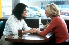 laura_harring_naomi_watts_mulholland_drive_001.jpg