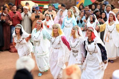 la source des femmes de radu mihaileanu,leïla bekhti,hafsia herzi biyouna sabrina ouazani saleh bakri hiam abbass,cinéma